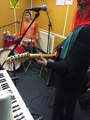 Gardyloo SPeW and Men-Oh-Pause perform live in session on The Hello GoodBye Show on Resonance FM on Saturday 31st JANUARY 2015.