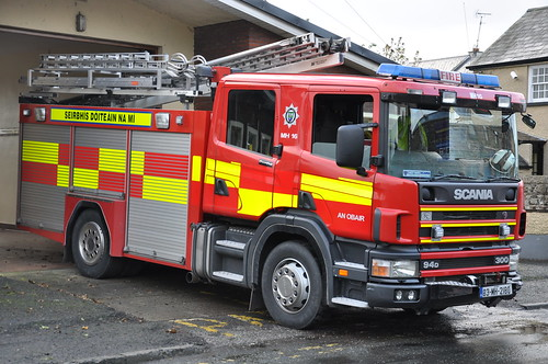Meath Fire & Rescue Service 2003 Scania 94D 310 Sidhean Teó WrL 03MH2180