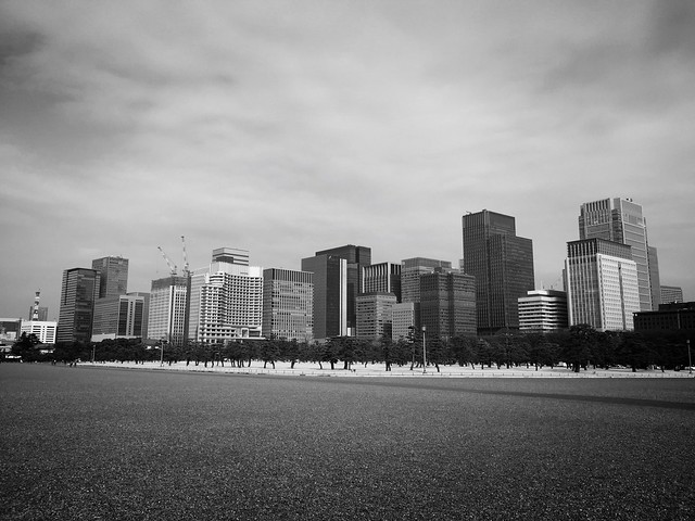 150225_ImperialPalace_iPhoneBW 4