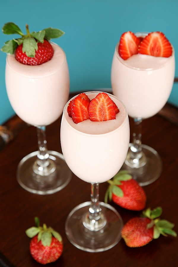 Quick And Easy No Bake Strawberry Cheesecake In A Glass