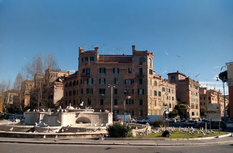 Roma Piazza degli Eroi