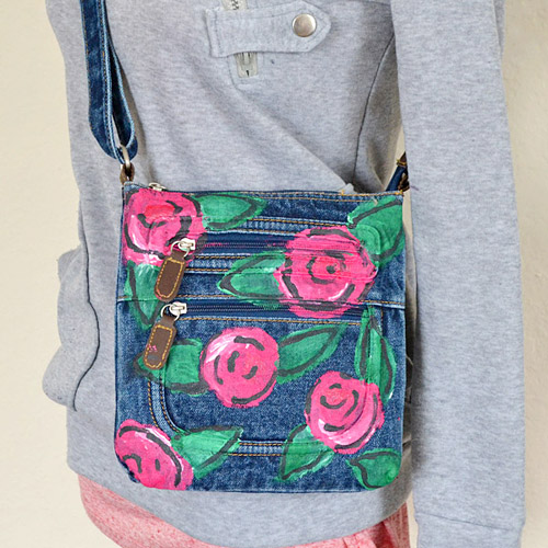 a07-floral-denim-crossbody-dreamalittlebigger