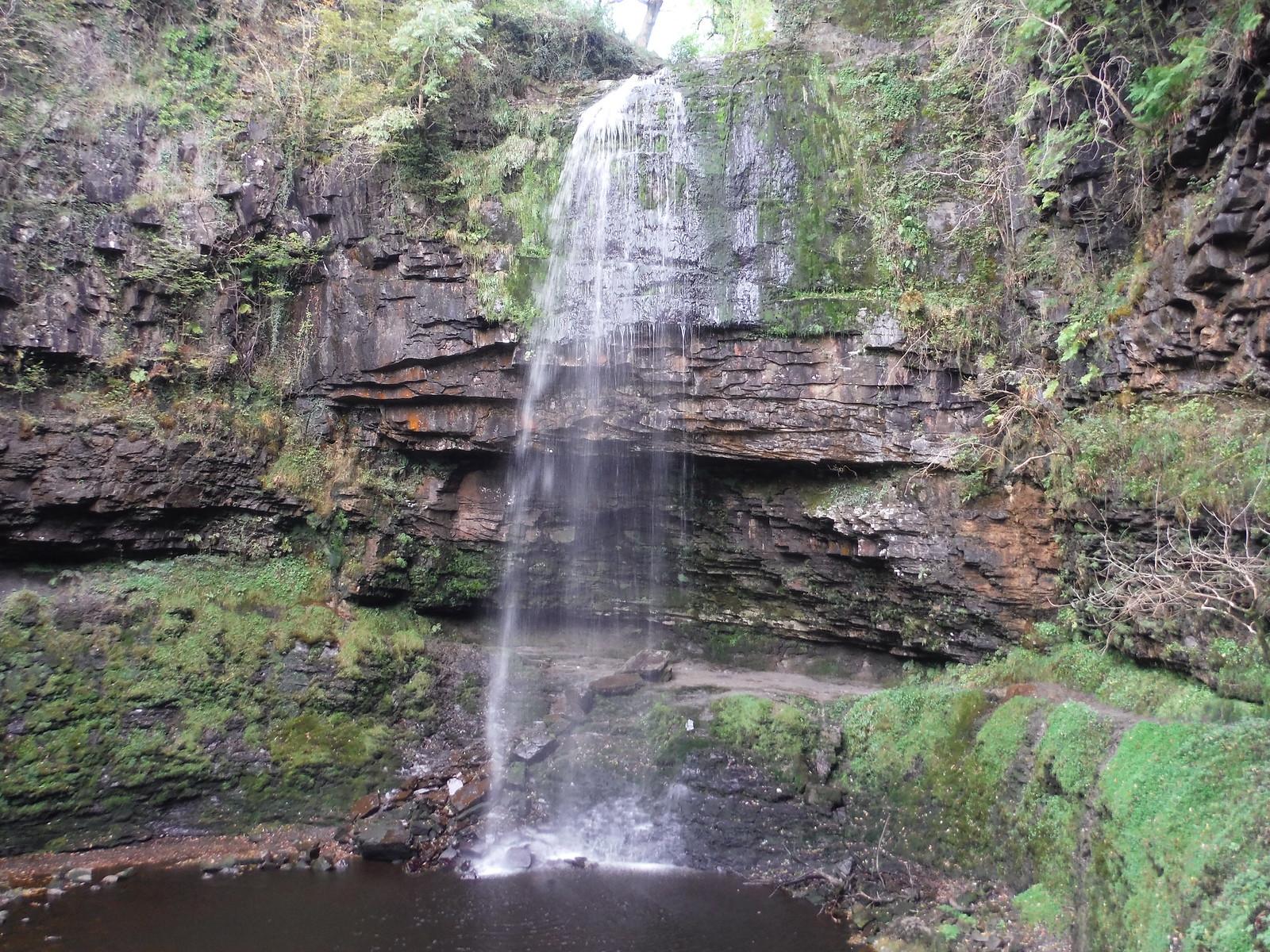 Sgwd Henrhyd and Plunge Pool SWC Walk 280 Henrhyd Falls - Sgwd Henrhyd (Craig y Nos Circular)
