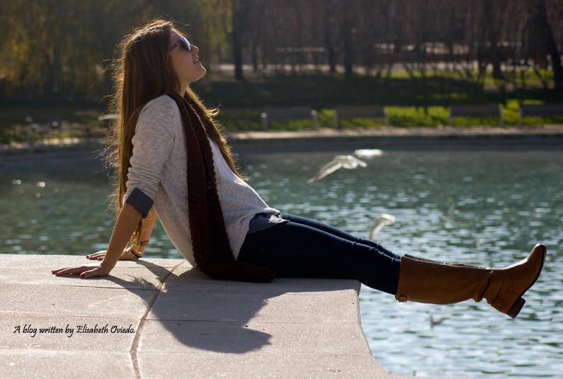 jersey-blanco-con-camisa-de-cuadros-y-jeans-HEELSANDROSES-(3)