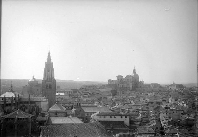 Toledo en 1899. Fotografía de René Ancely © Marc Ancely, signatura ANCELY_1899_2538_2542
