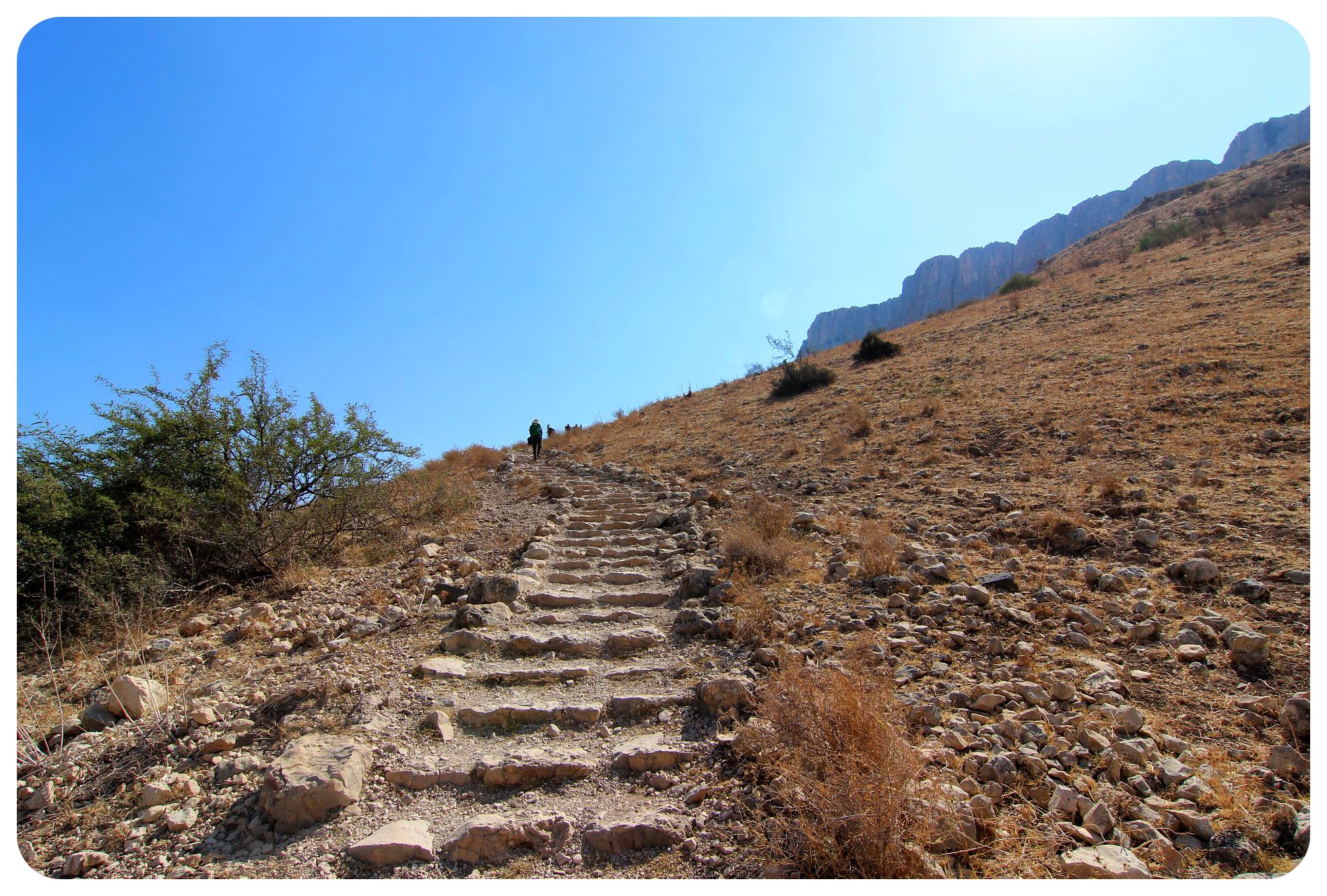 israel national trail mount arbel path