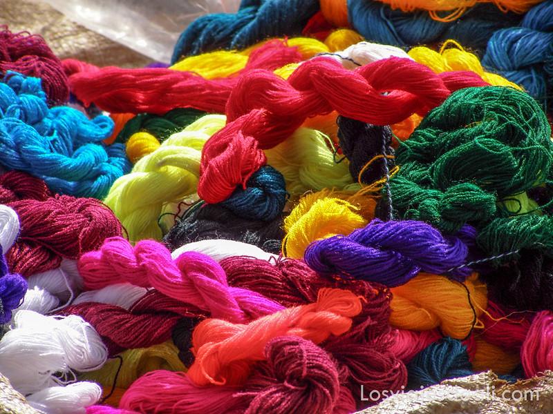 tribu Dorze venta de algodón de colores