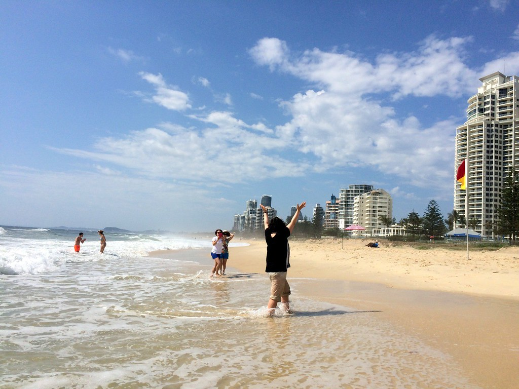 the beach - surroundings of sofitel gold coast-001