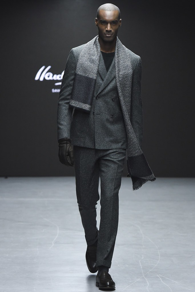 FW15 London Hardy Amies024_Corey Baptiste(VOGUE)