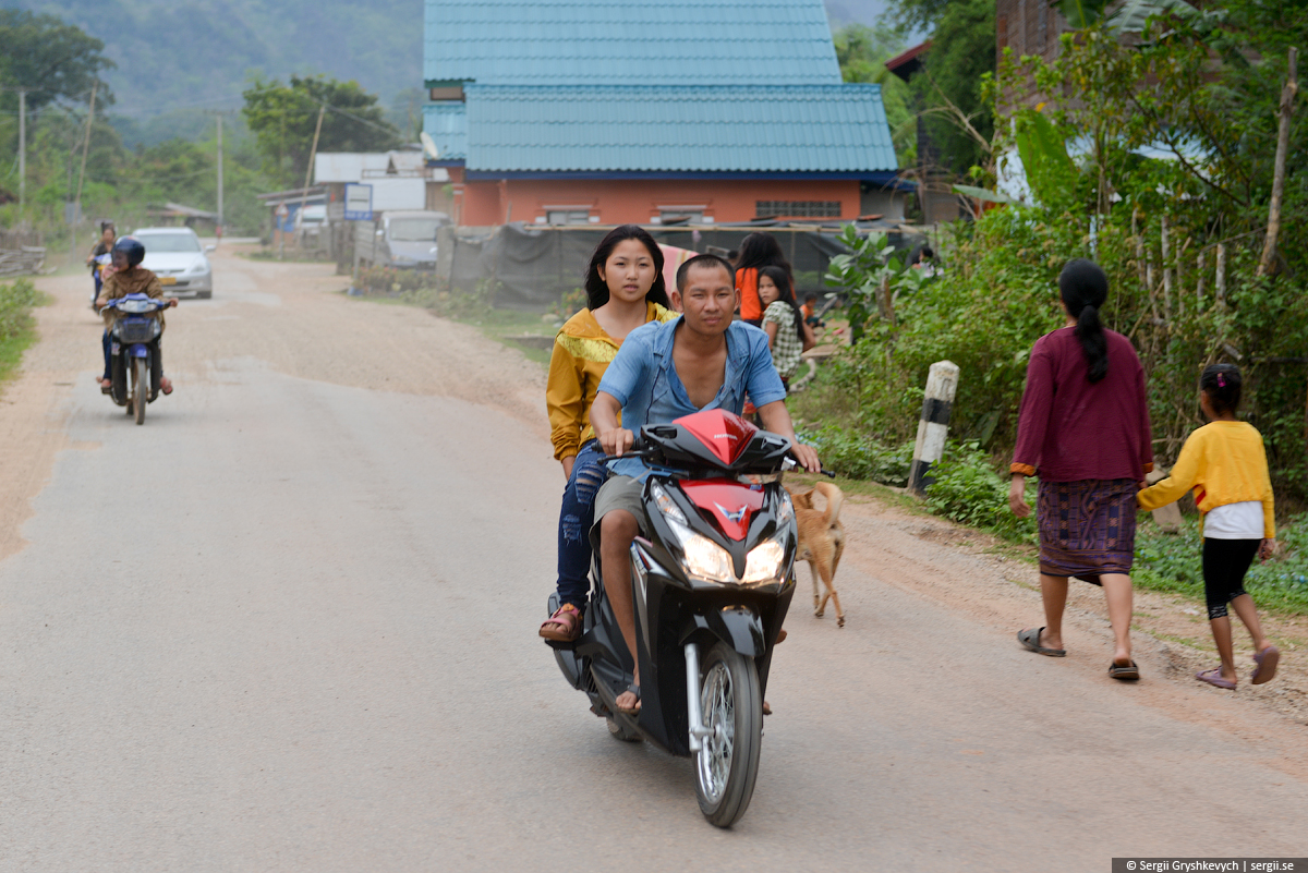 Kong_Lor_Phu_Hin_Bhun-4
