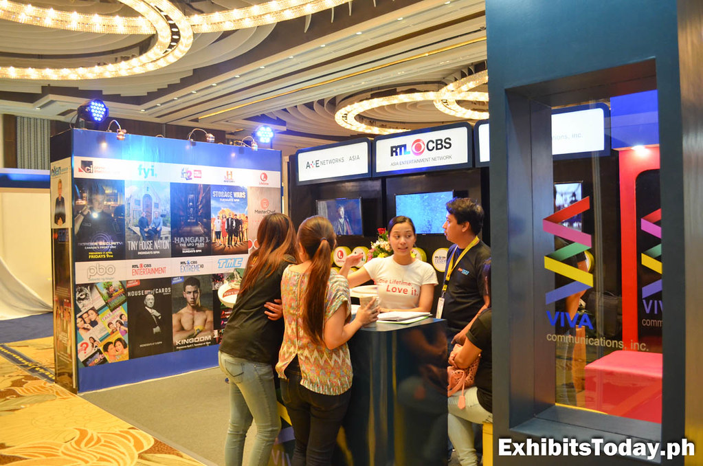 Side view of Viva Communications Exhibit Booth