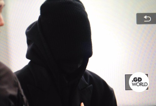 Big Bang - Incheon Airport - 27nov2015 - GD World - 01