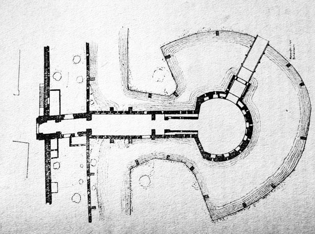 Plan du Barbakan où l'on voit bien les fossés remplis d'eau