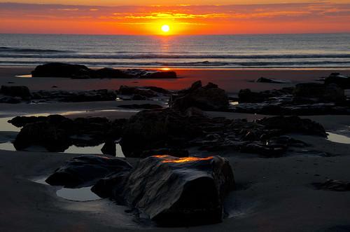 ocean autumn summer sun sunrise reflections maine newengland wells atlantic coastal seashore wellsbeach
