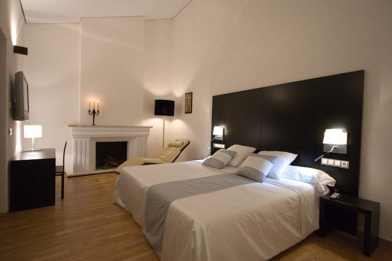 hotel_adealba_merida_habitacion