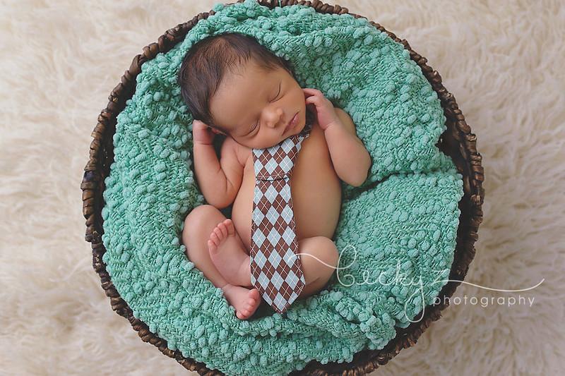 15603290704 14e53ac608 c Dallas Newborn Photographer | Welcome Cristiano