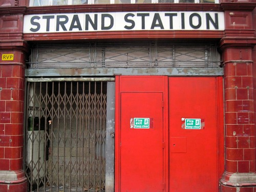 Treasure Hunt Walk - Strand Station