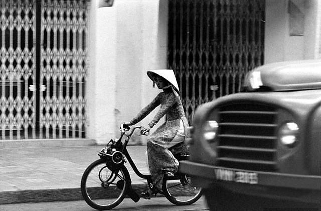 SAIGON 1960s - Velo Solex