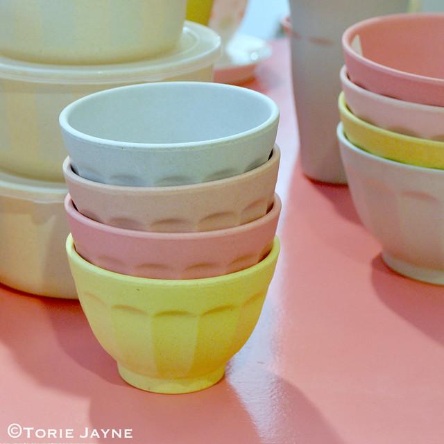 Pastel latte bowls