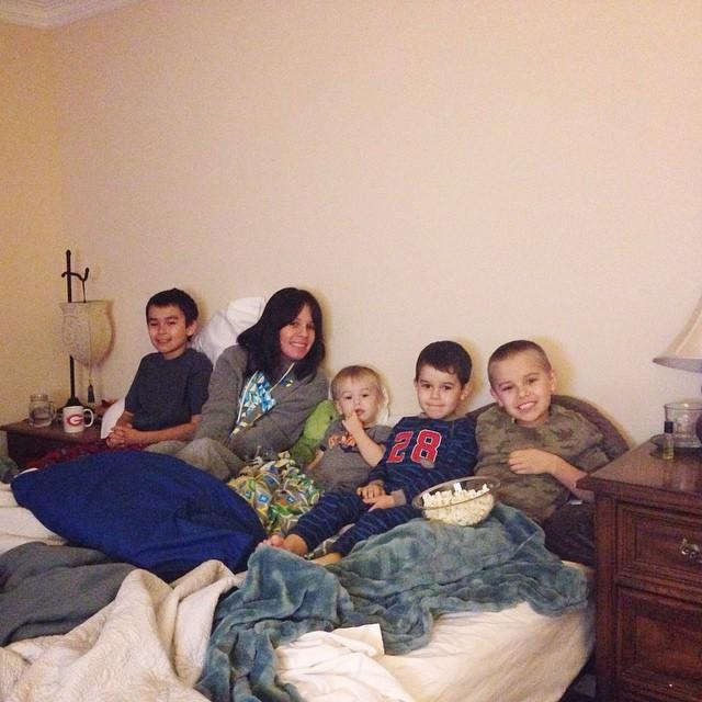 #familymovienight #boymom
