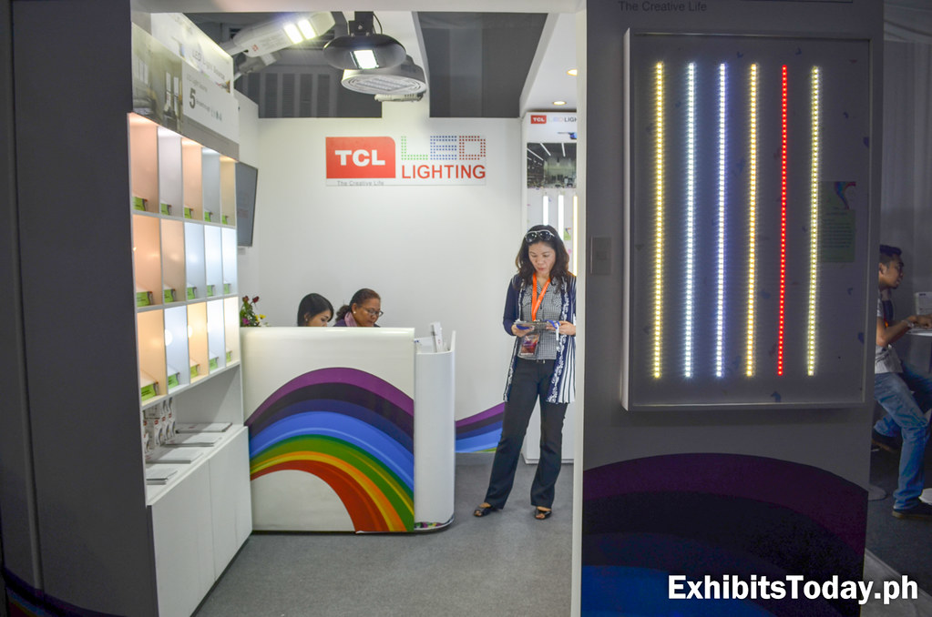 Sonic Lighting & Electrical Systems Exhibit Booth