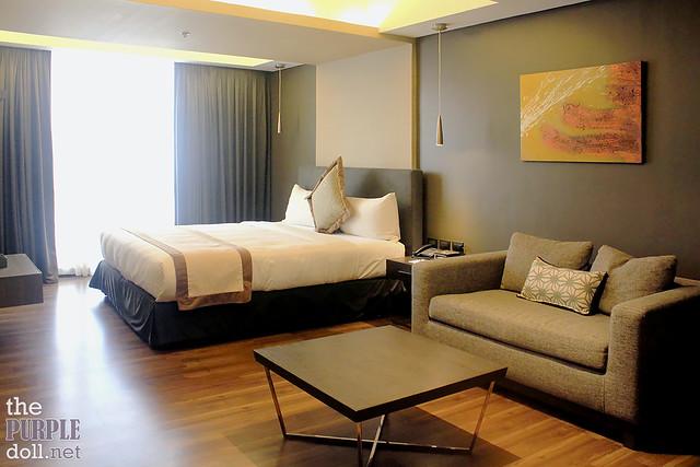 Deluxe Room 01