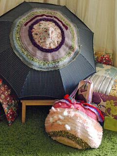 """Knitted sculpture """"Flat breast on Umbrella"""" & """"Extreme bag of curiosities"""""""