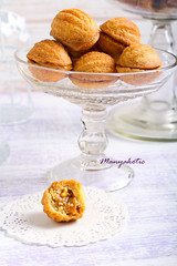 Sweet pastry balls with caramel filling
