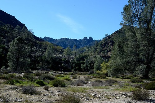 california nikon sanbenitocounty d4 peaksview benchtrail 50mmf14g pinnaclesnationalpark pinnaclesnp chalonecreek