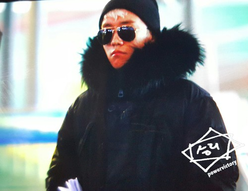 Big Bang - Gimpo Airport - 31dec2015 - Power Victory - 04