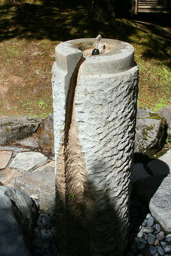 8_stone_water_fountain