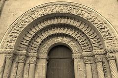 Aulnay, Eglise Saint-Pierre de la tour, patrimoine mondial de l' humanité