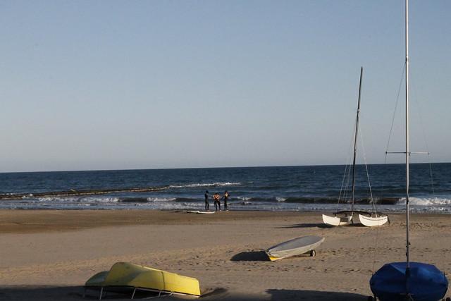 surferos benicassim playa