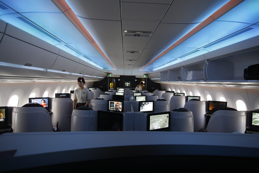 Inside Qatar Airways Airbus A350