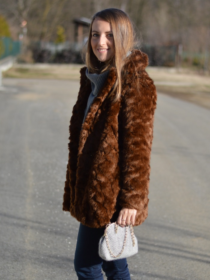 pellicciotto Zara, borsa handmade, saldi, benetton, fashion blog,  (11)