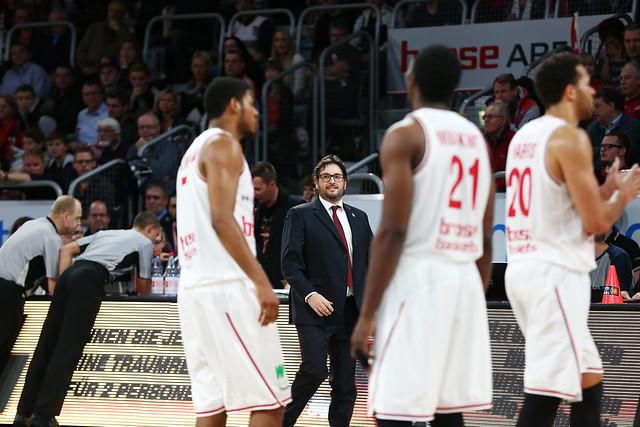 Beko-BBL 2014/15: Hauptrunde. Spieltag 6, Brose Baskets Bamberg - ratiopharm Ulm.