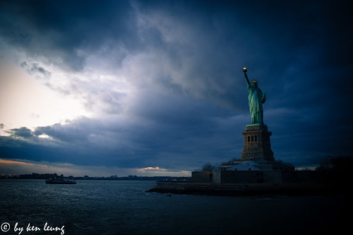 city nyc travel sea sky urban usa cloud newyork statue architecture landscape us statueofliberty kenleung summilux35mmasph leicam9p kenlwc