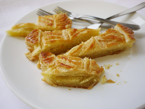 11-25 Breton Cake