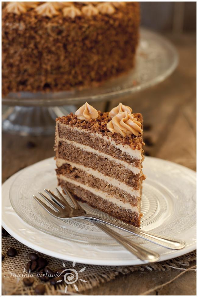Meduolinis tortas (3)