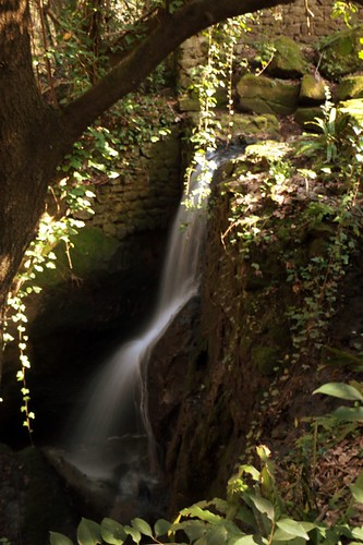 Parco dei Mostri: cascata