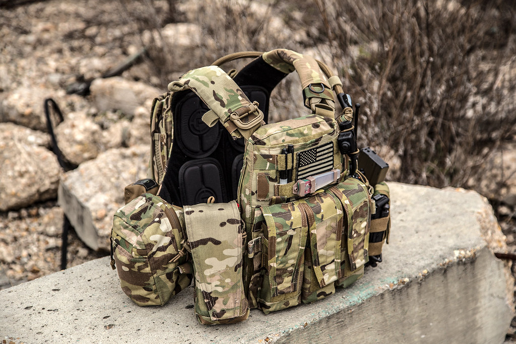Plate carrier thread? ** This is NOW a post pics of your Plate ...