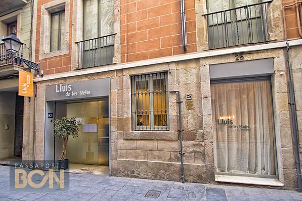 Lluis de les Moles, Barcelona