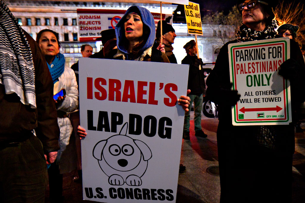 Protest-against-Bibi-outside-Convention-Center--Washington-3