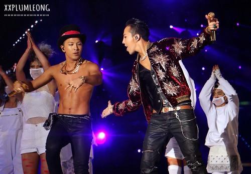 GDYB-Mama2014-HQs-Taeyang-1-20141203_036