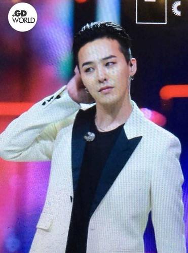 BIGBANG Hunan TV 2015-12-31 (13)