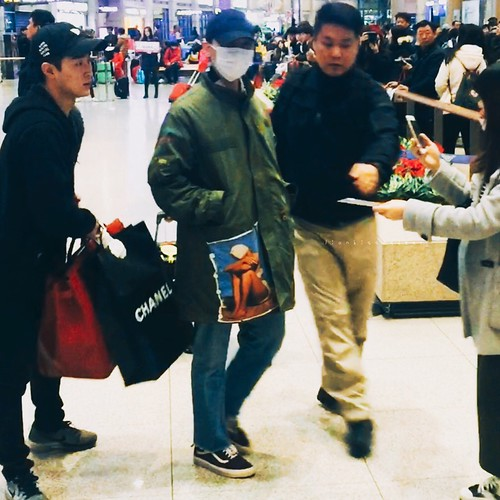 Big Bang - Incheon Airport - 27mar2016 - LionKissedDeer - 06