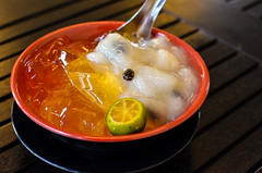 Singapore ice jelly with soursop