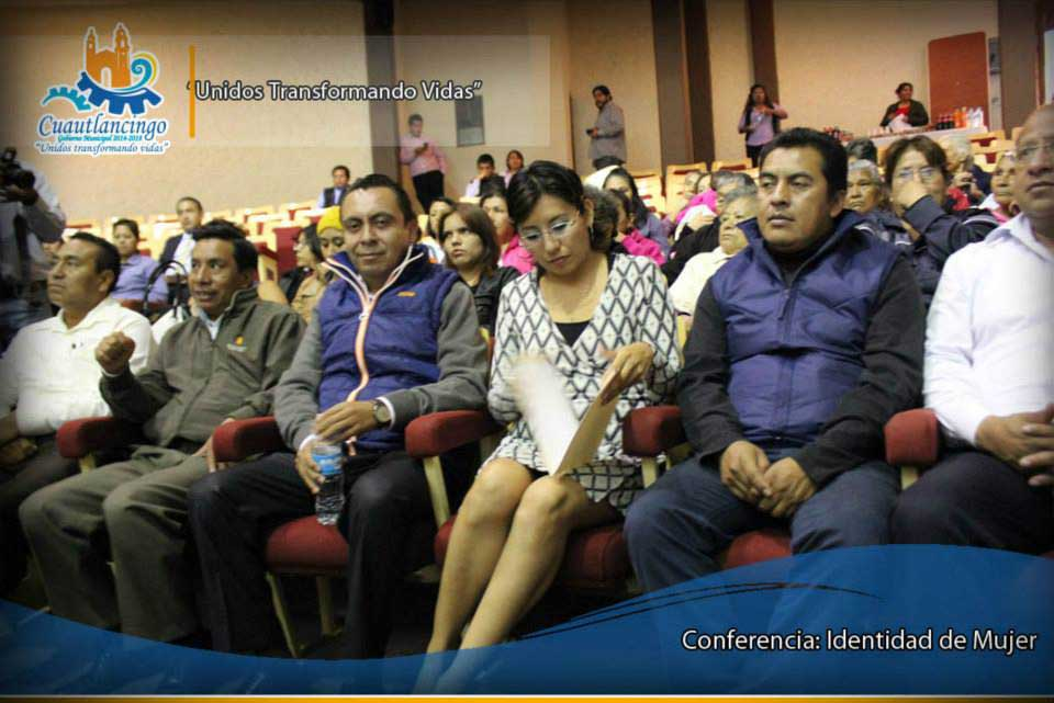 Conferencia Identidad de Mujer