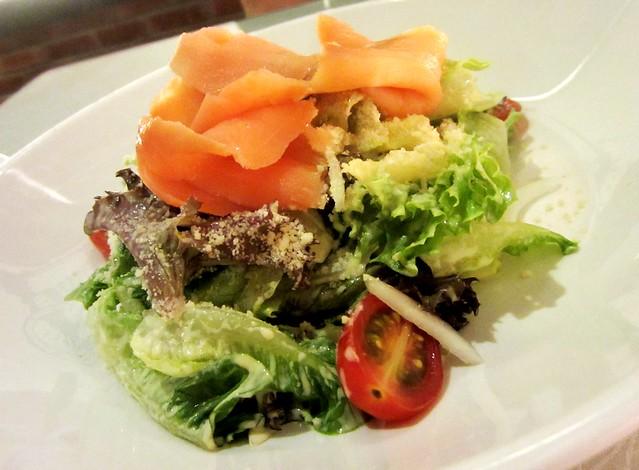 Bistecca & Bistro smoked salmon salad