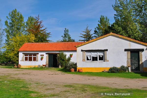 1 - отели в Каштелу Бранку - ферма ремесленников